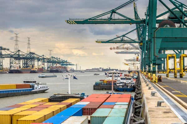 Companies at the Port of Antwerp choose Traxgo